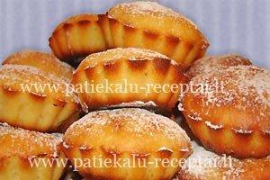 ananasiniai keksiukai