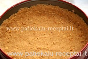 greitas pyragas su kondensuotu pienu 1