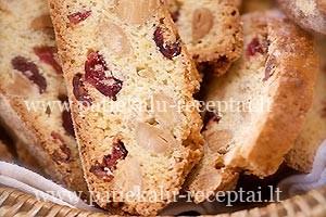 migdoliniai biscotti
