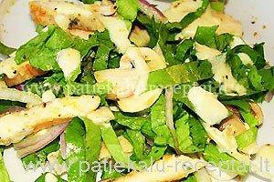 pievagrybiu salotos su vistiena