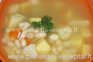 pupeliu sriuba su vistiena