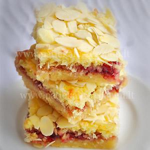 pyragas su vysniu dzemu ir kokosais