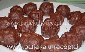 riesutiniai saldainiai su sokoladu 2