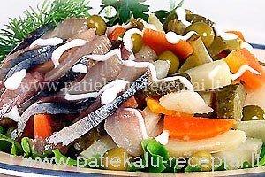 salotos su rukyta zuvimi