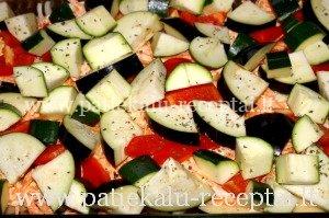 sluoksniuota kiauliena su daržovėmis 6