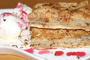 sluoksniuotas obuoliu pyragas