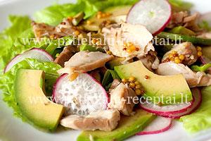 tuno salotos su avokado