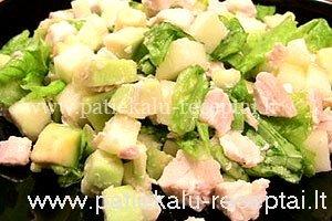 vistienos salotos su avokadu